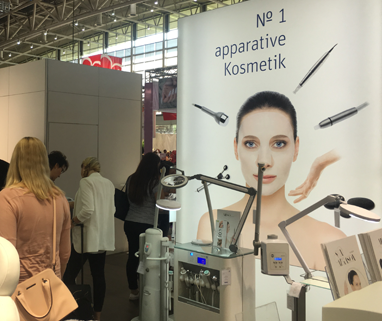 """0 Jahre COSMETICA Hannover"