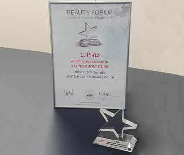 Apparative Kosmetik Kabineneinrichtung READERS' CHOICE AWARD