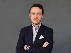 Julian La Fontaine, Geschäftsführer IONTO-COMED
